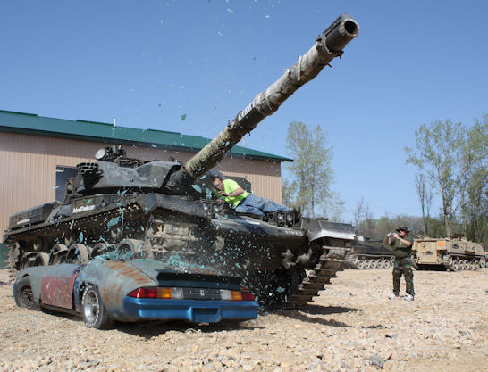 crush-car-with-tank